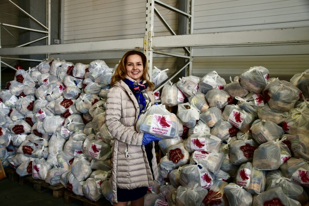 Food donation Debrecen 1 3 1024x683 - More and More Are Joining the Municipal Aid Fund