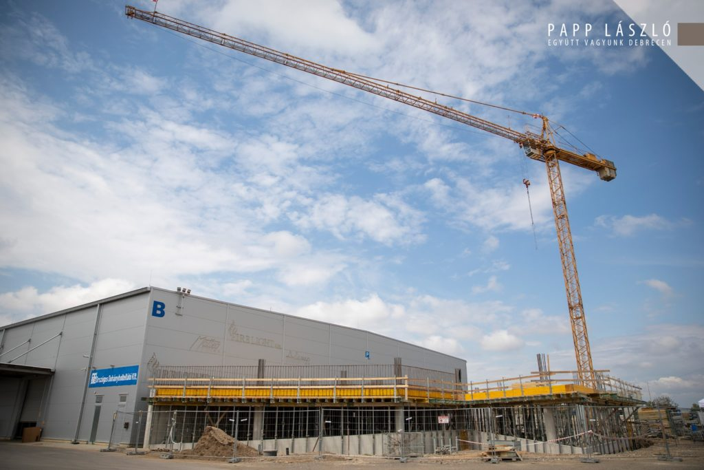 The cornerstone of the Office Bay Office Building was laid in Debrecen 01 1024x683 - A New Office Building is Under Development at Debrecen International Airport